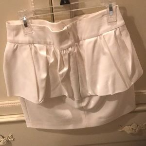 Zara Skirts - White peplum skirt